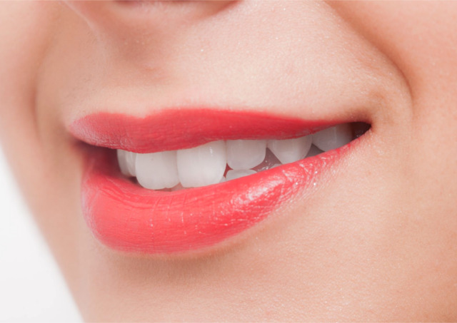 センター南で歯科をお探しならアリビオ矯正歯科クリニックまで!矯正から審美・小児と幅広く対応~歯並びが気になる方に知ってほしい「審美歯科について」~