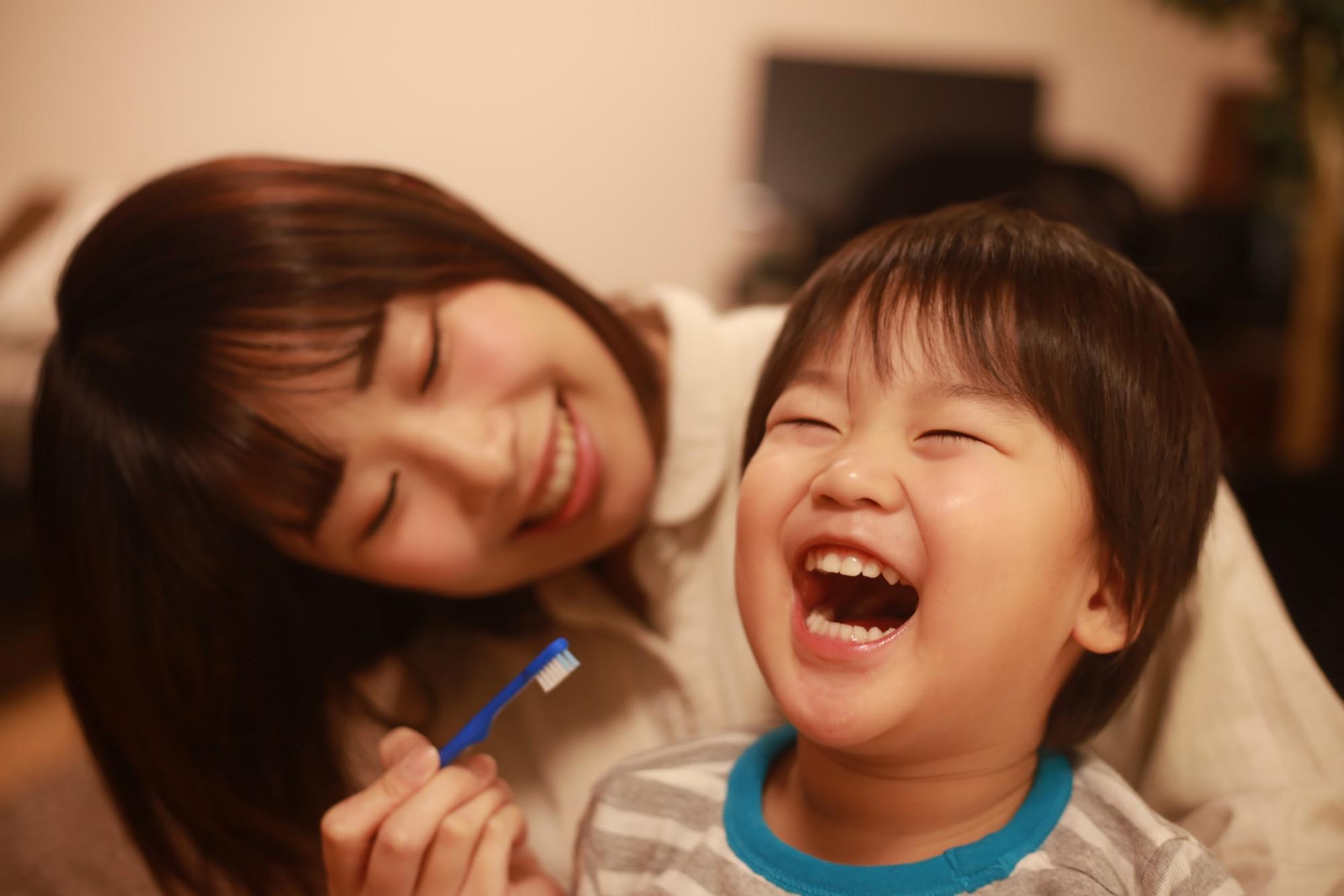 乳歯の虫歯予防に!上手な「仕上げ磨き」の方法