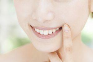 矯正治療とほうれい線の関係